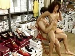 simonavalli selling shoes
