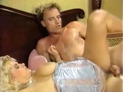 big boob hottie bounces on pounder
