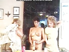 lesbian party with deep sex tool fuck