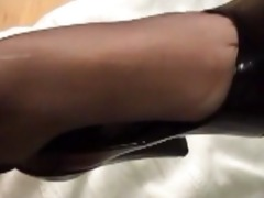 very sexy retro oral-service job and footjob with