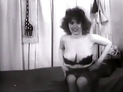 classic striptease &; glamour #109