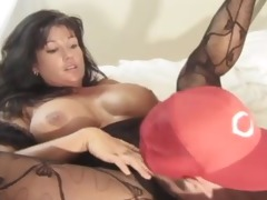 holly body - classic breasty sweetheart