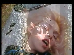 marilyn jess - blond girl and a car hood (gr-93)