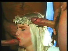 ilona staller receive 63some facial
