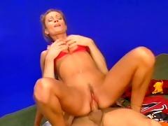 nice-looking rumika powers anal sex