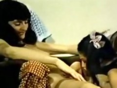 chair retro lesbo shared sex tool
