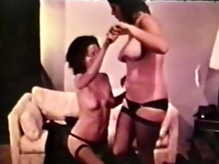 lesbian peepshow loops 9910 87s and 98s - scene 3